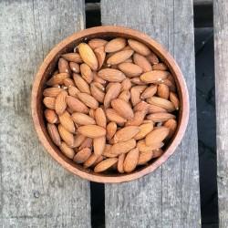 Rauwe amandelen met vlies - Verse gezonde noten