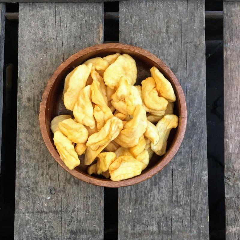 Appeltjes gedroogd Gedroogde appel Verse gezonde noten