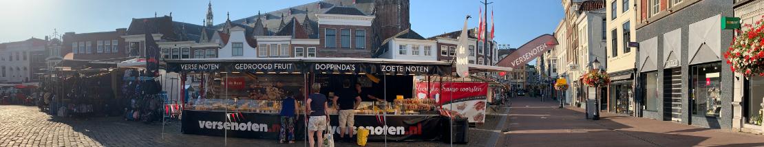 Warenmarkt Gouda, Gouda, zaterdagmarkt, verse noten, noten, pinda en zuidvruchten